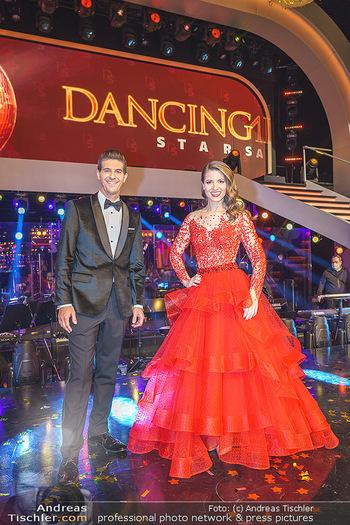 Dancing Stars 2020 Finale - ORF Zentrum - Fr 27.11.2020 - Kristina INHOF, Norbert OBERHAUSER33