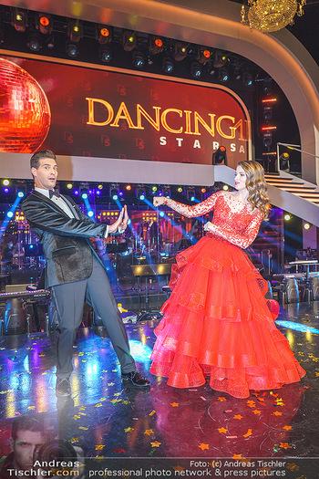 Dancing Stars 2020 Finale - ORF Zentrum - Fr 27.11.2020 - Kristina INHOF, Norbert OBERHAUSER35