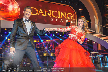 Dancing Stars 2020 Finale - ORF Zentrum - Fr 27.11.2020 - Kristina INHOF, Norbert OBERHAUSER37
