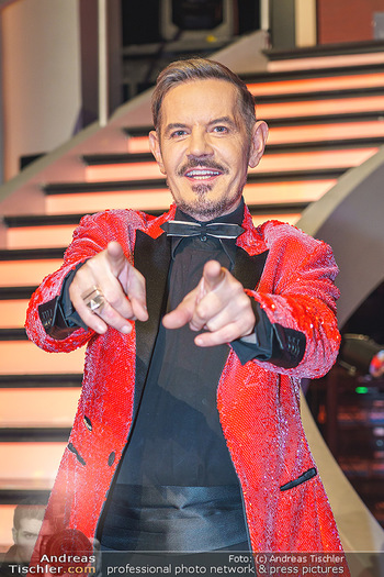 Dancing Stars 2020 Finale - ORF Zentrum - Fr 27.11.2020 - Dirk HEIDEMANN (Portrait)42