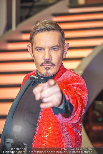 Dancing Stars 2020 Finale - ORF Zentrum - Fr 27.11.2020 - Dirk HEIDEMANN (Portrait)44