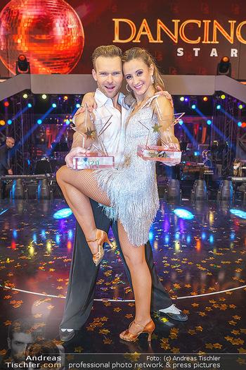 Dancing Stars 2020 Finale - ORF Zentrum - Fr 27.11.2020 - Michi Michaela KIRCHGASSER, Vadim GARBUZOV56