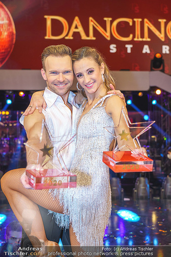 Dancing Stars 2020 Finale - ORF Zentrum - Fr 27.11.2020 - Michi Michaela KIRCHGASSER, Vadim GARBUZOV57