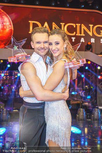 Dancing Stars 2020 Finale - ORF Zentrum - Fr 27.11.2020 - Michi Michaela KIRCHGASSER, Vadim GARBUZOV58