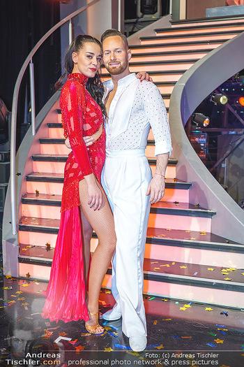 Dancing Stars 2020 Finale - ORF Zentrum - Fr 27.11.2020 - Edita MALOVCIC, Florian VANA62