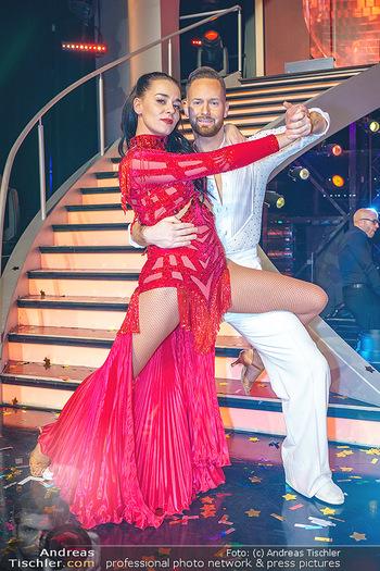 Dancing Stars 2020 Finale - ORF Zentrum - Fr 27.11.2020 - Edita MALOVCIC, Florian VANA63