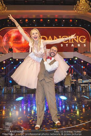 Dancing Stars 2020 Finale - ORF Zentrum - Fr 27.11.2020 - Silvia SCHNEIDER, Danilo CAMPISI70