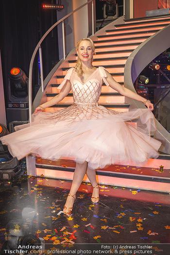 Dancing Stars 2020 Finale - ORF Zentrum - Fr 27.11.2020 - Silvia SCHNEIDER71