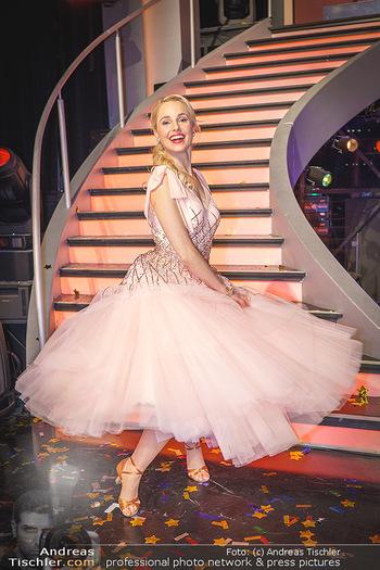 Dancing Stars 2020 Finale - ORF Zentrum - Fr 27.11.2020 - Silvia SCHNEIDER72