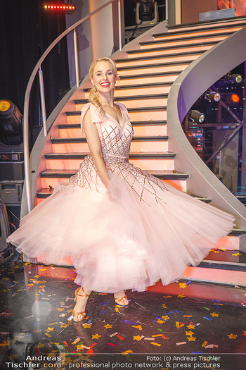 Dancing Stars 2020 Finale - ORF Zentrum - Fr 27.11.2020 - Silvia SCHNEIDER73