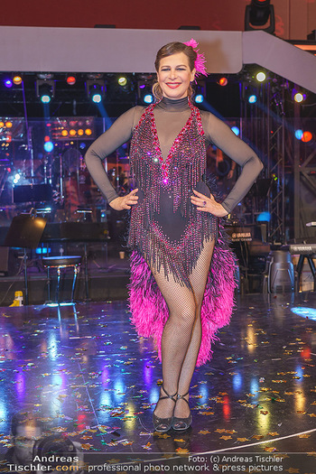 Dancing Stars 2020 Finale - ORF Zentrum - Fr 27.11.2020 - Natalia USHAKOVA76