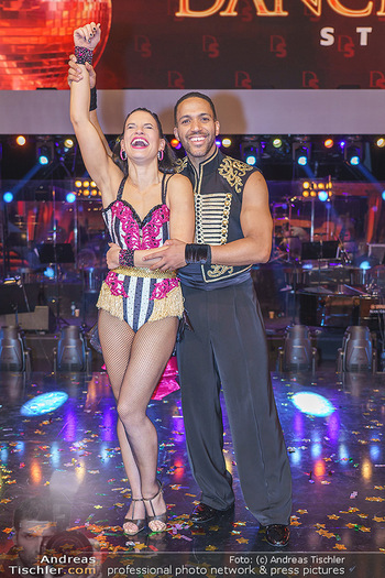 Dancing Stars 2020 Finale - ORF Zentrum - Fr 27.11.2020 - Conny KREUTER, Cesar SAMPSON80