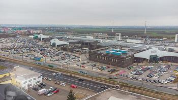 Corona Lokalaugenschein SCS - SCS Vösendorf - Mo 07.12.2020 - Blick auf den Hauptparkplatz bei der SCS am Vormittag bei Inters2