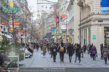 X-Mas Shooting mit Chrissi Klug - Innenstadt - Di 15.12.2020 - Überschaubare Menschenmassen auf der Kärntnerstraße2
