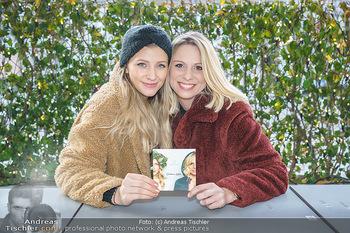 X-Mas Shooting mit Chrissi Klug - Innenstadt - Di 15.12.2020 - Christina Chrissi KLUG, Sandra POLT5