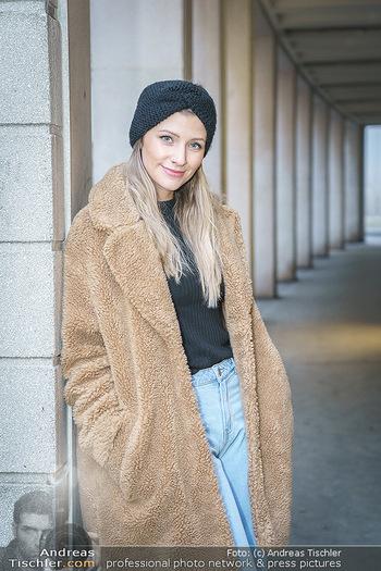 X-Mas Shooting mit Chrissi Klug - Innenstadt - Di 15.12.2020 - Christina Chrissi KLUG (Portrait)25