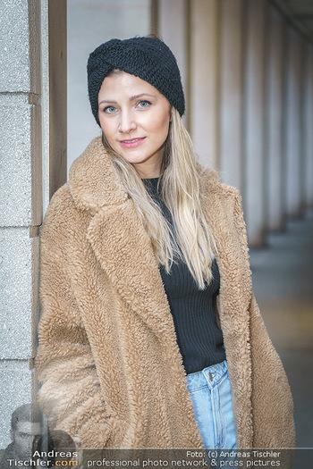 X-Mas Shooting mit Chrissi Klug - Innenstadt - Di 15.12.2020 - Christina Chrissi KLUG (Portrait)26