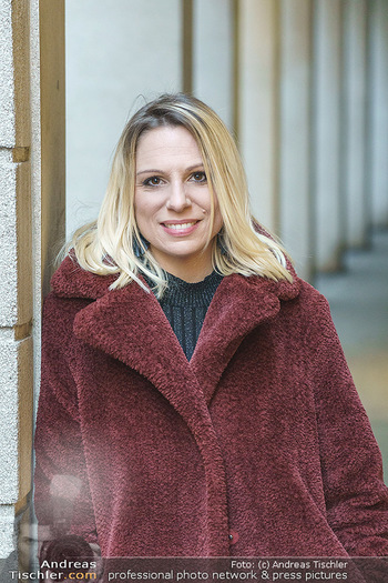 X-Mas Shooting mit Chrissi Klug - Innenstadt - Di 15.12.2020 - Sandra POLT (Portrait)31