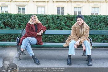 X-Mas Shooting mit Chrissi Klug - Innenstadt - Di 15.12.2020 - Christina Chrissi KLUG, Sandra POLT37