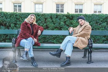 X-Mas Shooting mit Chrissi Klug - Innenstadt - Di 15.12.2020 - Christina Chrissi KLUG, Sandra POLT38