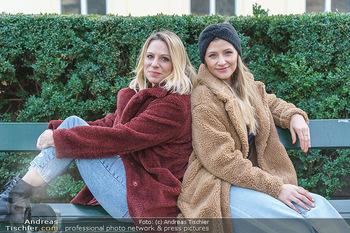 X-Mas Shooting mit Chrissi Klug - Innenstadt - Di 15.12.2020 - Christina Chrissi KLUG, Sandra POLT40