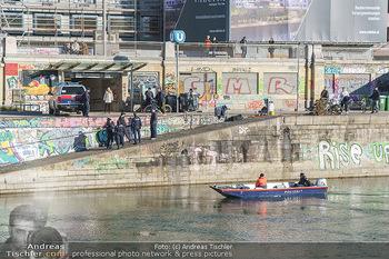Spaziergang mit Michael Steinocher - Donaukanal Wien - Mi 20.01.2021 - Polizeieinsatz entlang Donaukanal, Polizeiboot, Streifen, Polize25