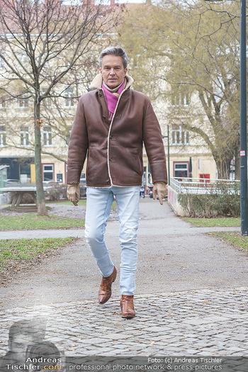 Spaziergang mit Alfons Haider - Wien - Di 02.02.2021 - Alfons HAIDER entlang der Goldschlagstraße6
