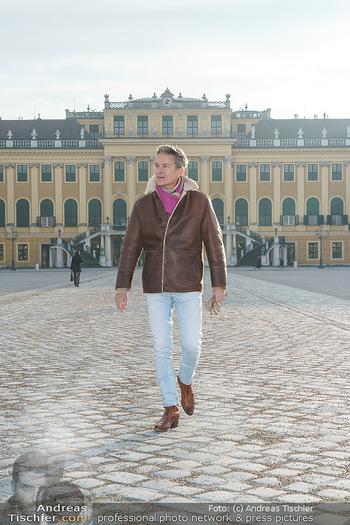 Spaziergang mit Alfons Haider - Wien - Di 02.02.2021 - Alfons HAIDER in Schönbrunn26