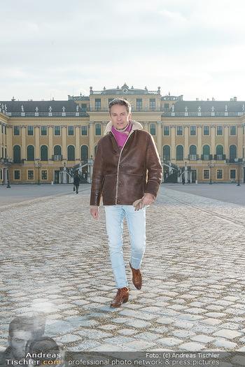 Spaziergang mit Alfons Haider - Wien - Di 02.02.2021 - Alfons HAIDER in Schönbrunn27