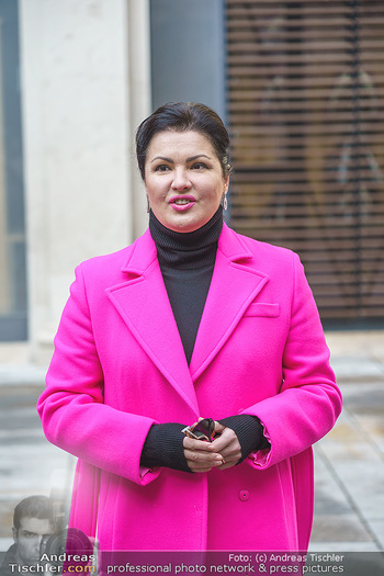 Anna Netrebko bei den Lipizzanern - Spanische Hofreitschule - Stallburg Wien - Di 02.02.2021 - Anna NETREBKO (Portrait)40