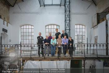 Fotoshooting zu Ladies Night - Kunsthalle Berndorf, NÖ - Di 09.02.2021 - Gruppenfoto Darsteller (Kristina SPRENGER, Christoph FÄLBL, Mic29