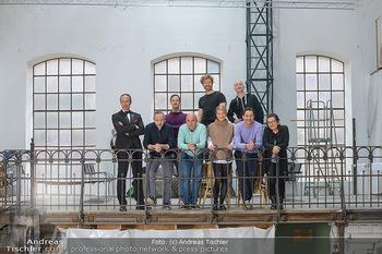 Fotoshooting zu Ladies Night - Kunsthalle Berndorf, NÖ - Di 09.02.2021 - Gruppenfoto Darsteller (Kristina SPRENGER, Christoph FÄLBL, Mic30