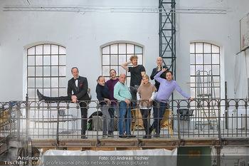 Fotoshooting zu Ladies Night - Kunsthalle Berndorf, NÖ - Di 09.02.2021 - Gruppenfoto Darsteller (Kristina SPRENGER, Christoph FÄLBL, Mic34