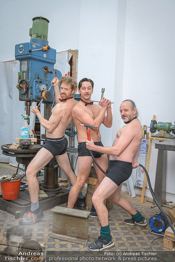 Fotoshooting zu Ladies Night - Kunsthalle Berndorf, NÖ - Di 09.02.2021 - Martin BERMOSER, Julian LOIDL, Reinhold G. MORITZ61