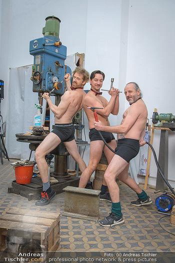Fotoshooting zu Ladies Night - Kunsthalle Berndorf, NÖ - Di 09.02.2021 - Martin BERMOSER, Julian LOIDL, Reinhold G. MORITZ62