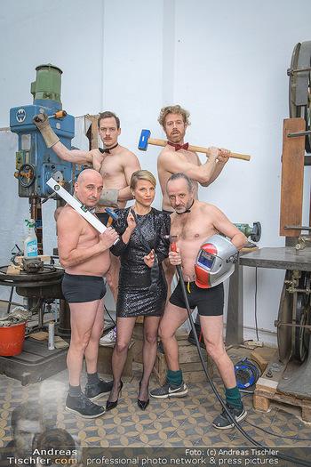 Fotoshooting zu Ladies Night - Kunsthalle Berndorf, NÖ - Di 09.02.2021 - Kristina SPRENGER, Christoph FÄLBL, Thomas HÖFNER, Martin BERM72