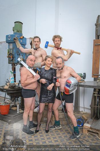 Fotoshooting zu Ladies Night - Kunsthalle Berndorf, NÖ - Di 09.02.2021 - Kristina SPRENGER, Christoph FÄLBL, Thomas HÖFNER, Martin BERM73