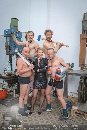 Fotoshooting zu Ladies Night - Kunsthalle Berndorf, NÖ - Di 09.02.2021 - Kristina SPRENGER, Christoph FÄLBL, Thomas HÖFNER, Martin BERM77