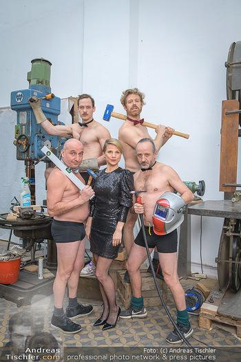 Fotoshooting zu Ladies Night - Kunsthalle Berndorf, NÖ - Di 09.02.2021 - Kristina SPRENGER, Christoph FÄLBL, Thomas HÖFNER, Martin BERM79