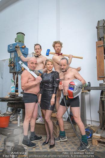 Fotoshooting zu Ladies Night - Kunsthalle Berndorf, NÖ - Di 09.02.2021 - Kristina SPRENGER, Christoph FÄLBL, Thomas HÖFNER, Martin BERM80