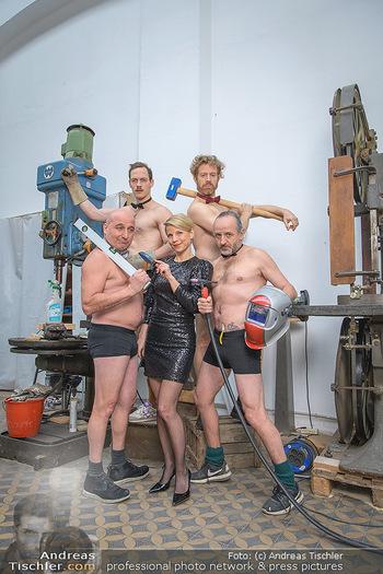 Fotoshooting zu Ladies Night - Kunsthalle Berndorf, NÖ - Di 09.02.2021 - Kristina SPRENGER, Christoph FÄLBL, Thomas HÖFNER, Martin BERM81