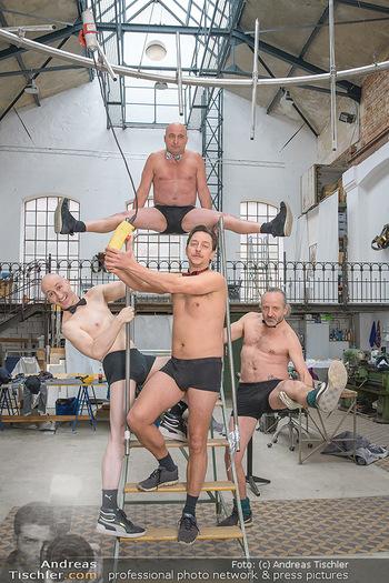 Fotoshooting zu Ladies Night - Kunsthalle Berndorf, NÖ - Di 09.02.2021 - Christoph FÄLBL, Robert KOLAR, Julian LOIDL, Reinhold G. MORITZ88