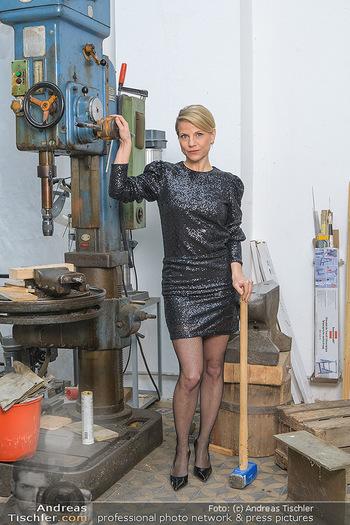 Fotoshooting zu Ladies Night - Kunsthalle Berndorf, NÖ - Di 09.02.2021 - Kristina SPRENGER118