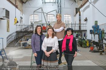Fotoshooting zu Ladies Night - Kunsthalle Berndorf, NÖ - Di 09.02.2021 - Claudia DESCOVICH, Gerda EHRLICH-RATZINGER, Kristina SPRENGER, H130