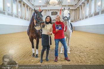 Thomas Brezina Buchpräsentation - Hofreitschule, Wien - Fr 12.02.2021 - Sonja KLIMA, Thomas BREZINA6