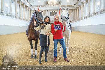 Thomas Brezina Buchpräsentation - Hofreitschule, Wien - Fr 12.02.2021 - Sonja KLIMA, Thomas BREZINA7