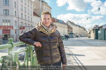 Sparziergang mit Clemens Trischler - Naschmarkt, Wien - Fr 12.02.2021 - Clemens TRISCHLER (Portrait)12