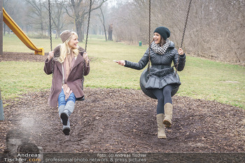 Spaziergang mit Silvia Schneider - Wiener Prater - Mo 22.02.2021 - Silvia SCHNEIDER interviewt von Romina COLERUS beim Schaukeln24