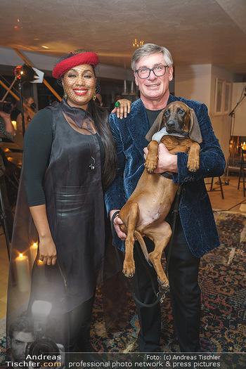 Ana Milva Gomes Privatkonzert - Privatwohnung, Wien - Di 02.03.2021 - Ana Milva GOMES, Franz KOLLITSCH mit Hund Ferdinand34