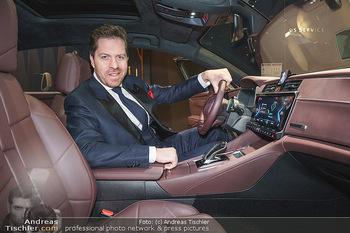 Botschafter für ´die Göttliche´ - PSA Retail, Wien - Do 11.03.2021 - Daniel SERAFIN am Steuer seines neuen DS918